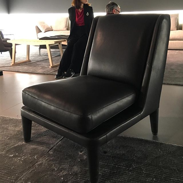 Antonio Citterio Nidus chair. Proportions at its best  #ilsalone #furniture #milan #fiera #milanofiera #milanfurniturefair #milano #saloneinternazionaledelmobile #new