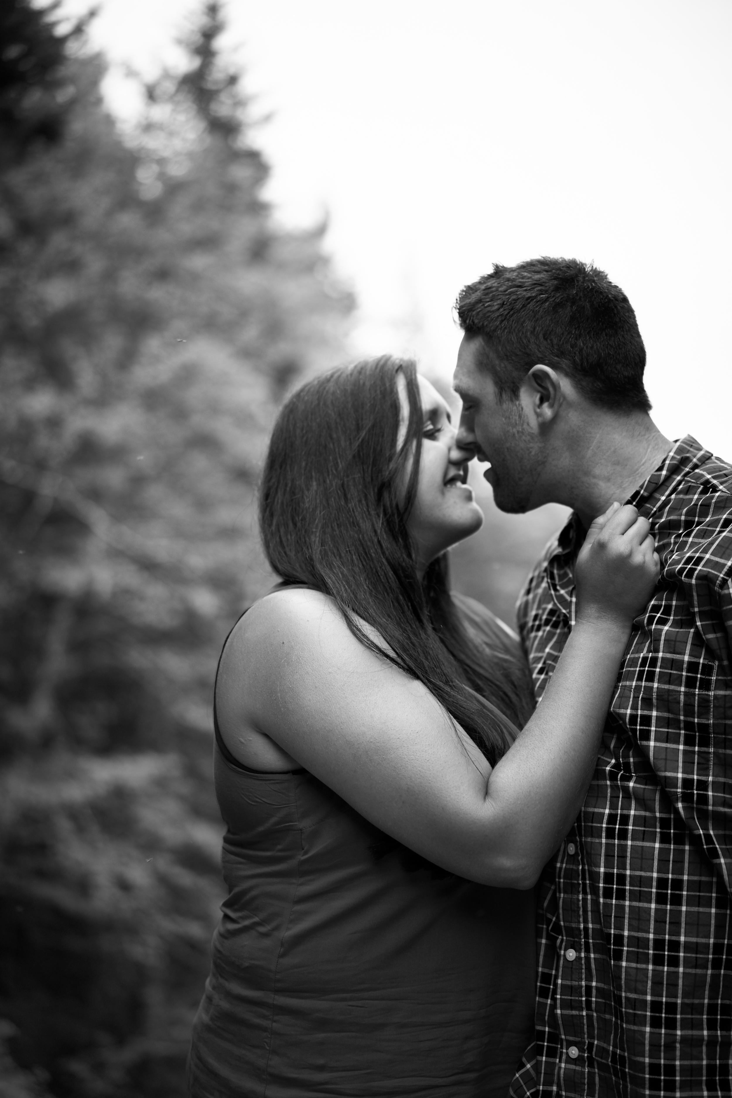 Melissa & Jamie Engagement 070.jpg