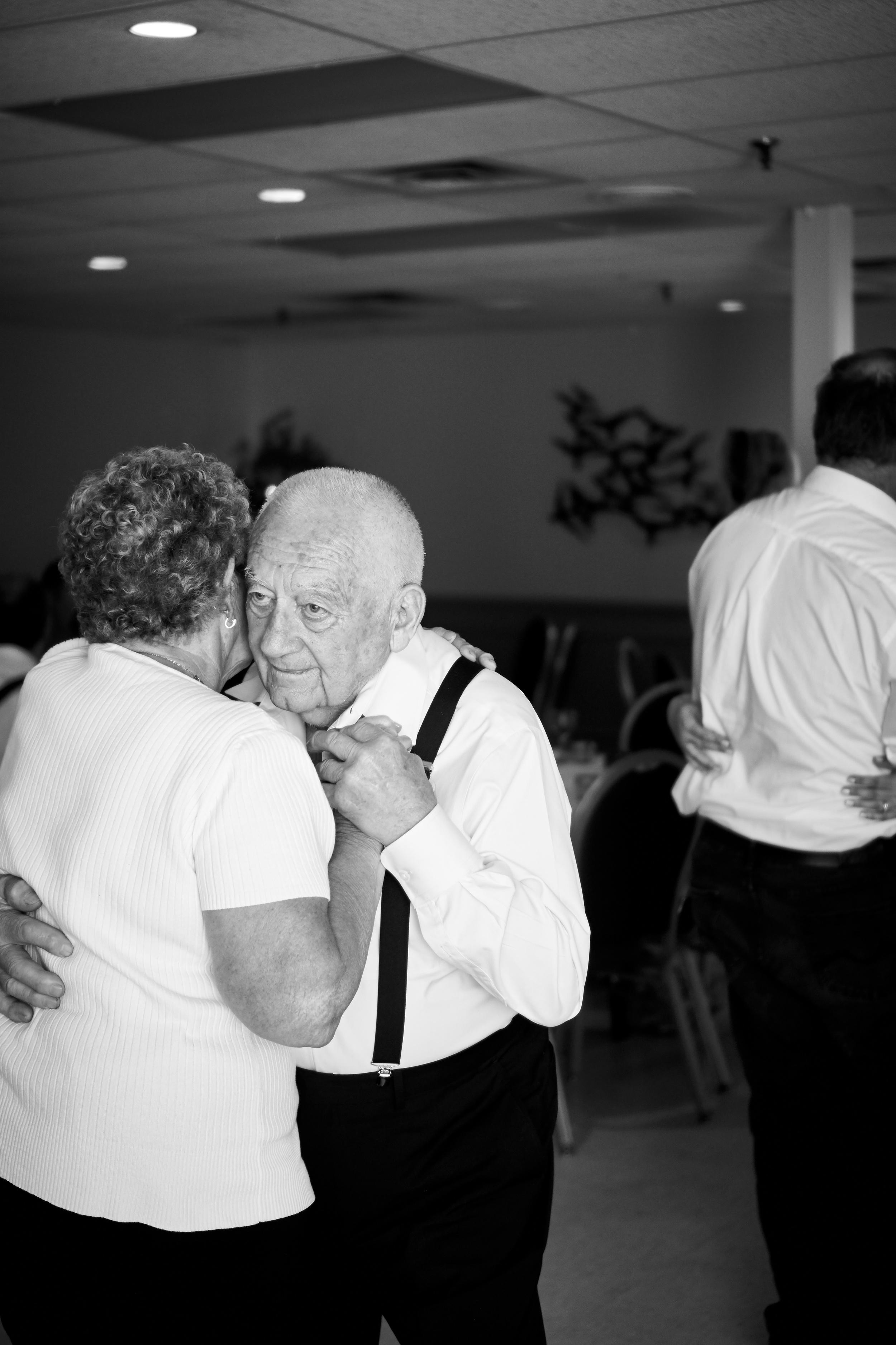 Christine & Chris' Wedding 499.jpg