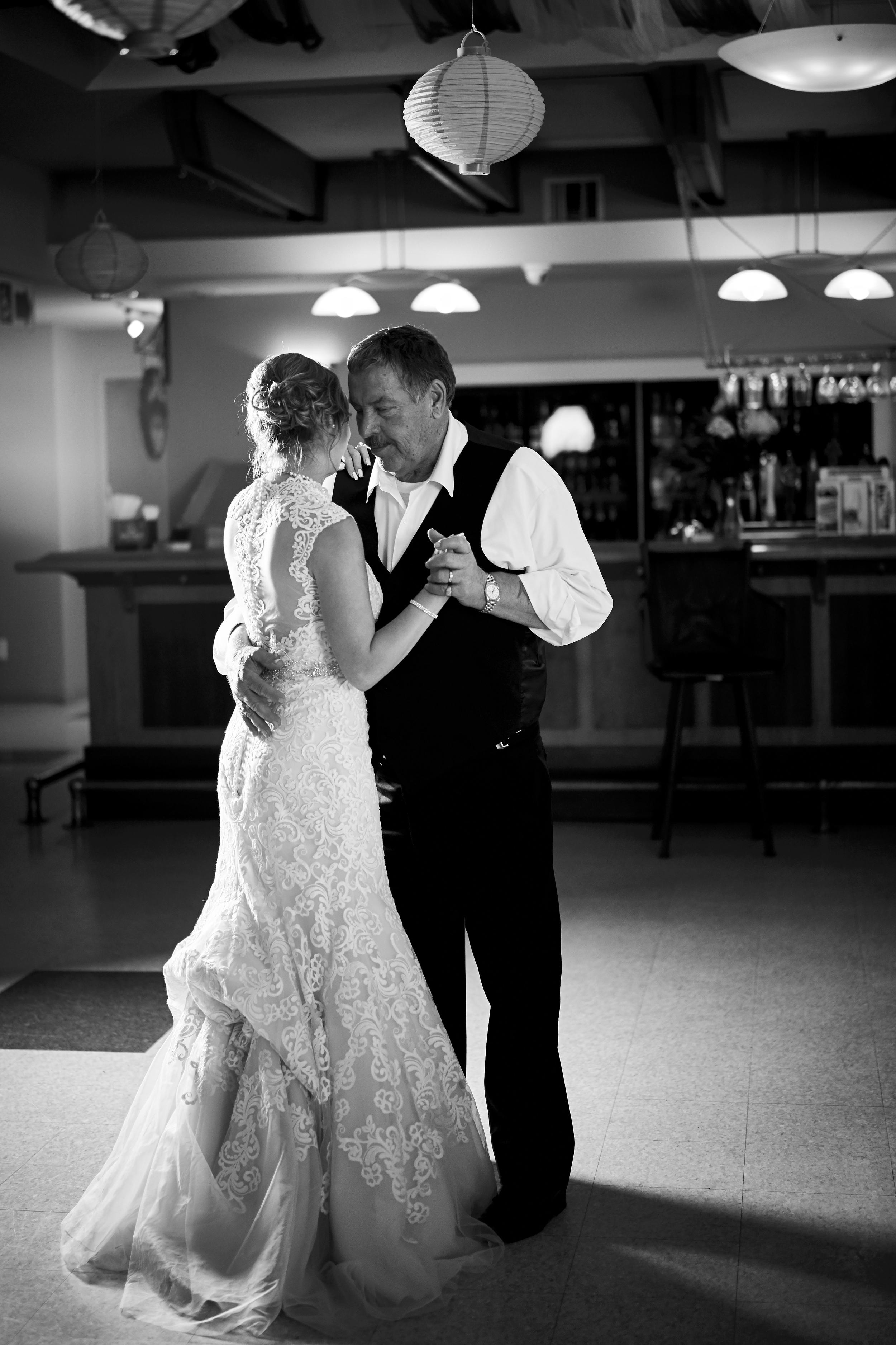 Jen & Jamie's Wedding 585.jpg