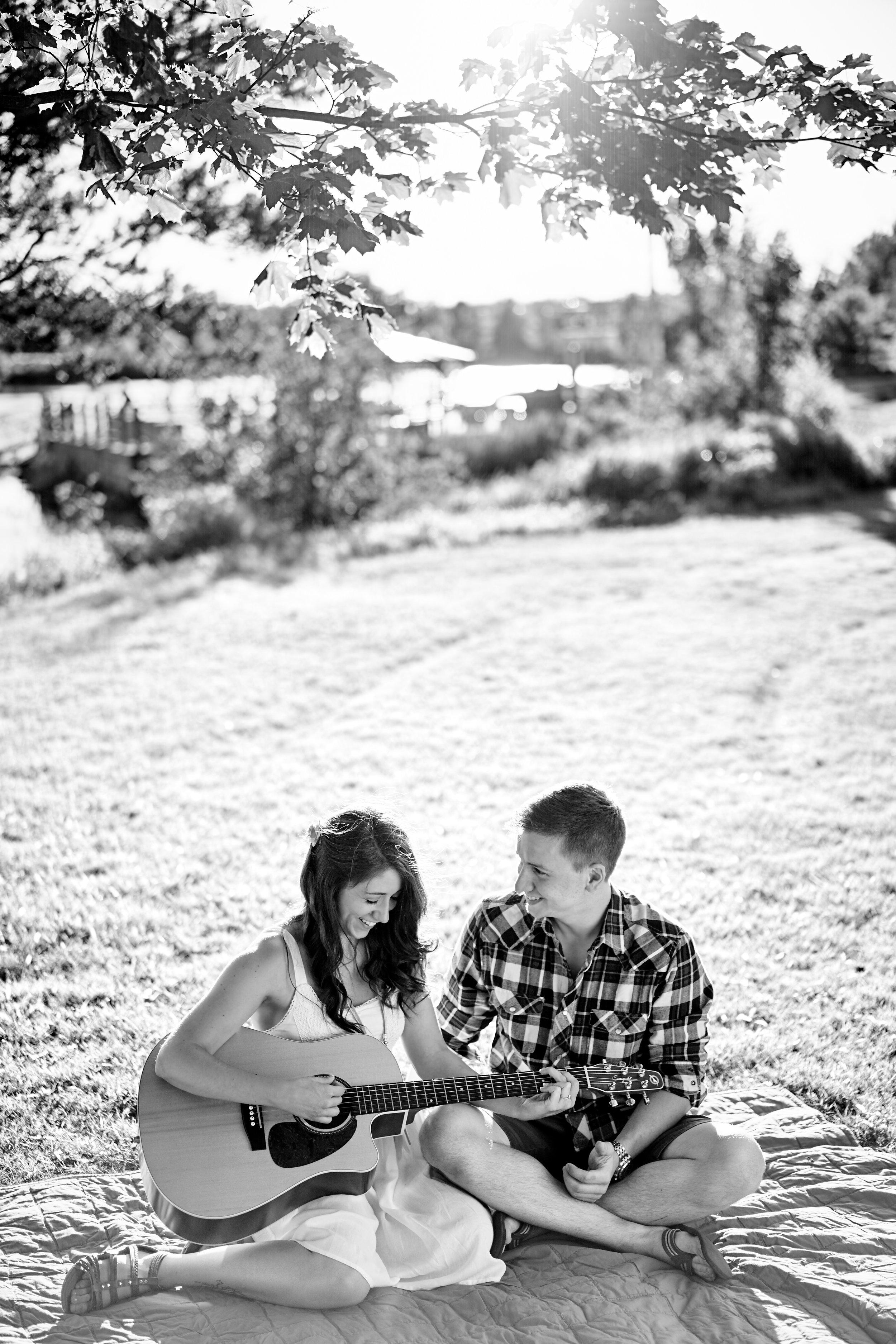 Nadine & Matt Engagement 015.jpg