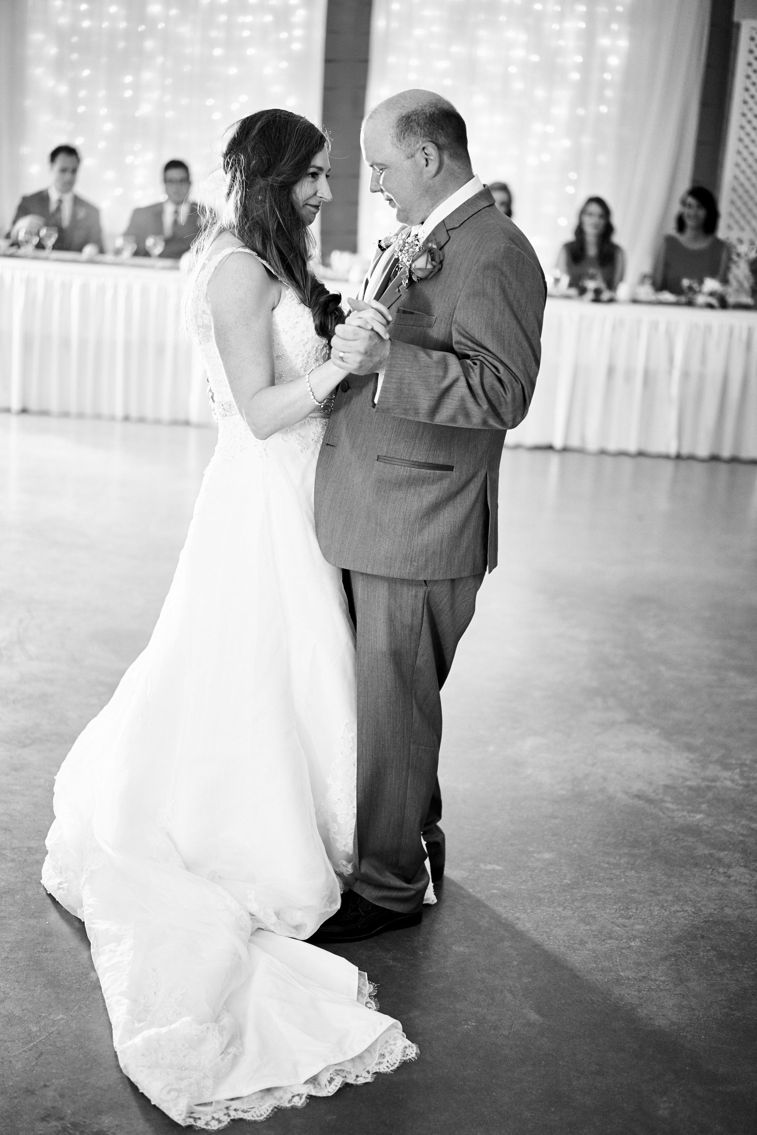 Anne & Brad's Wedding 598.jpg
