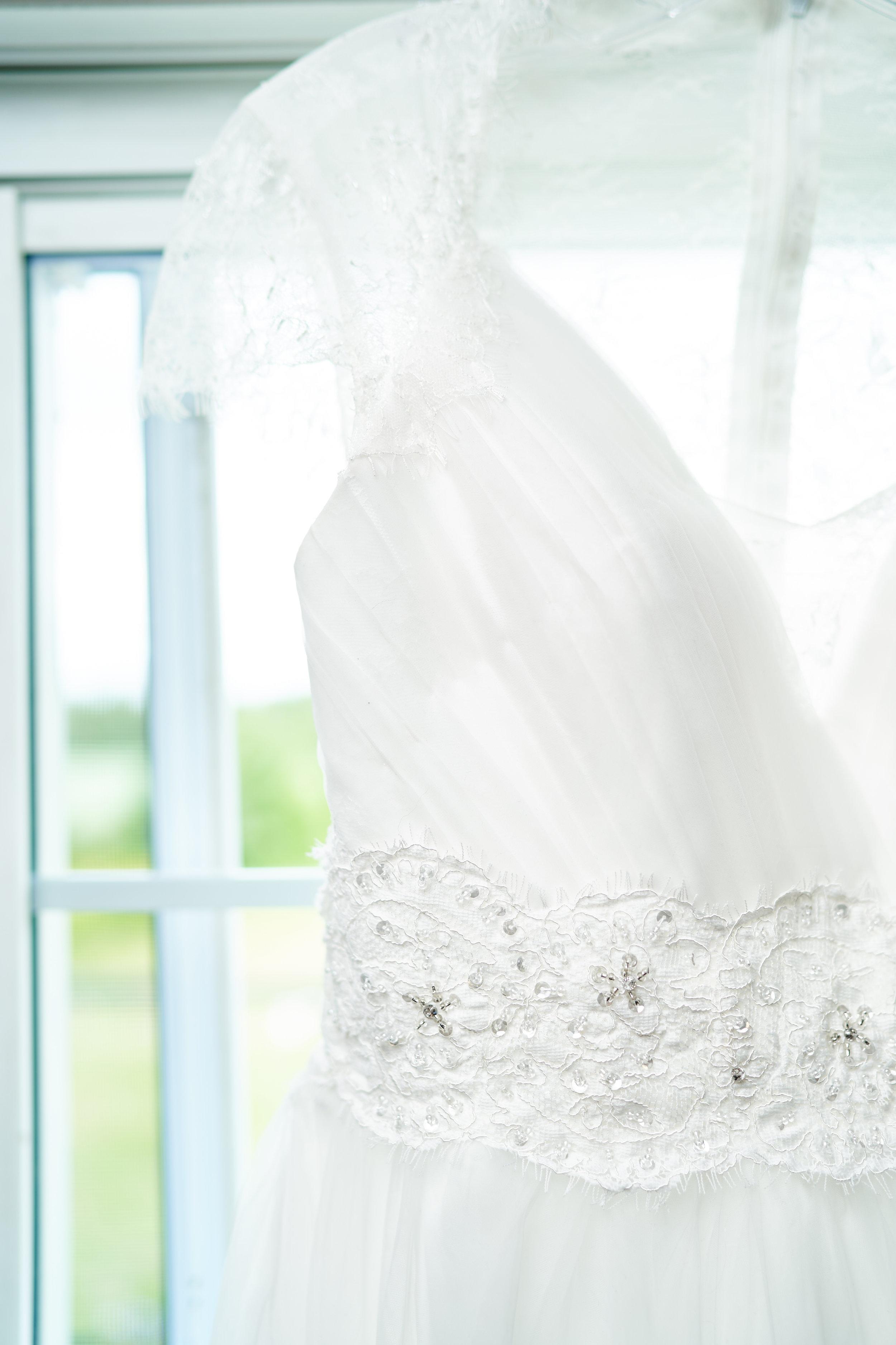 Amy-Lee & James' Wedding 008.jpg