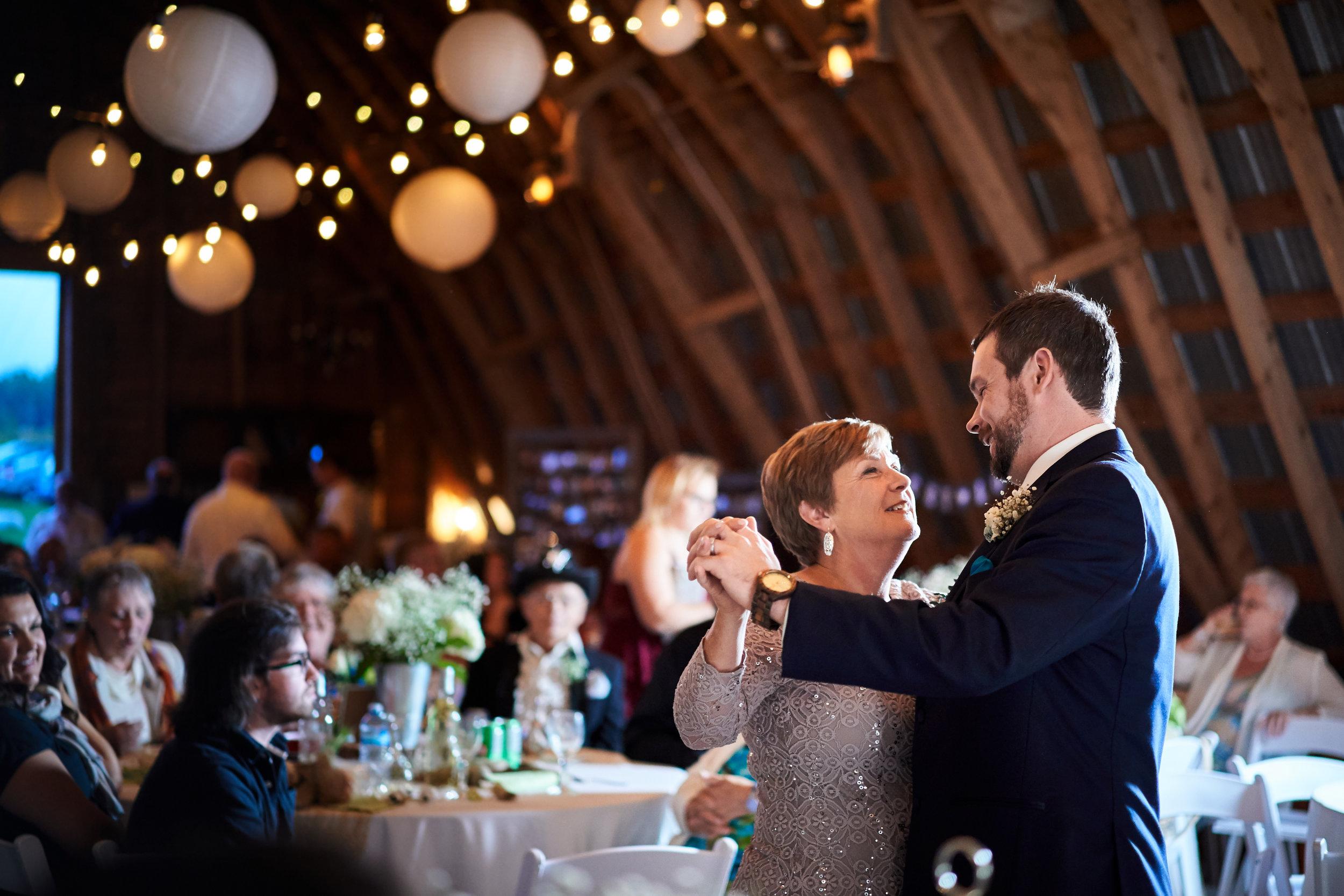 Alicia & Chris' Wedding 898.jpg