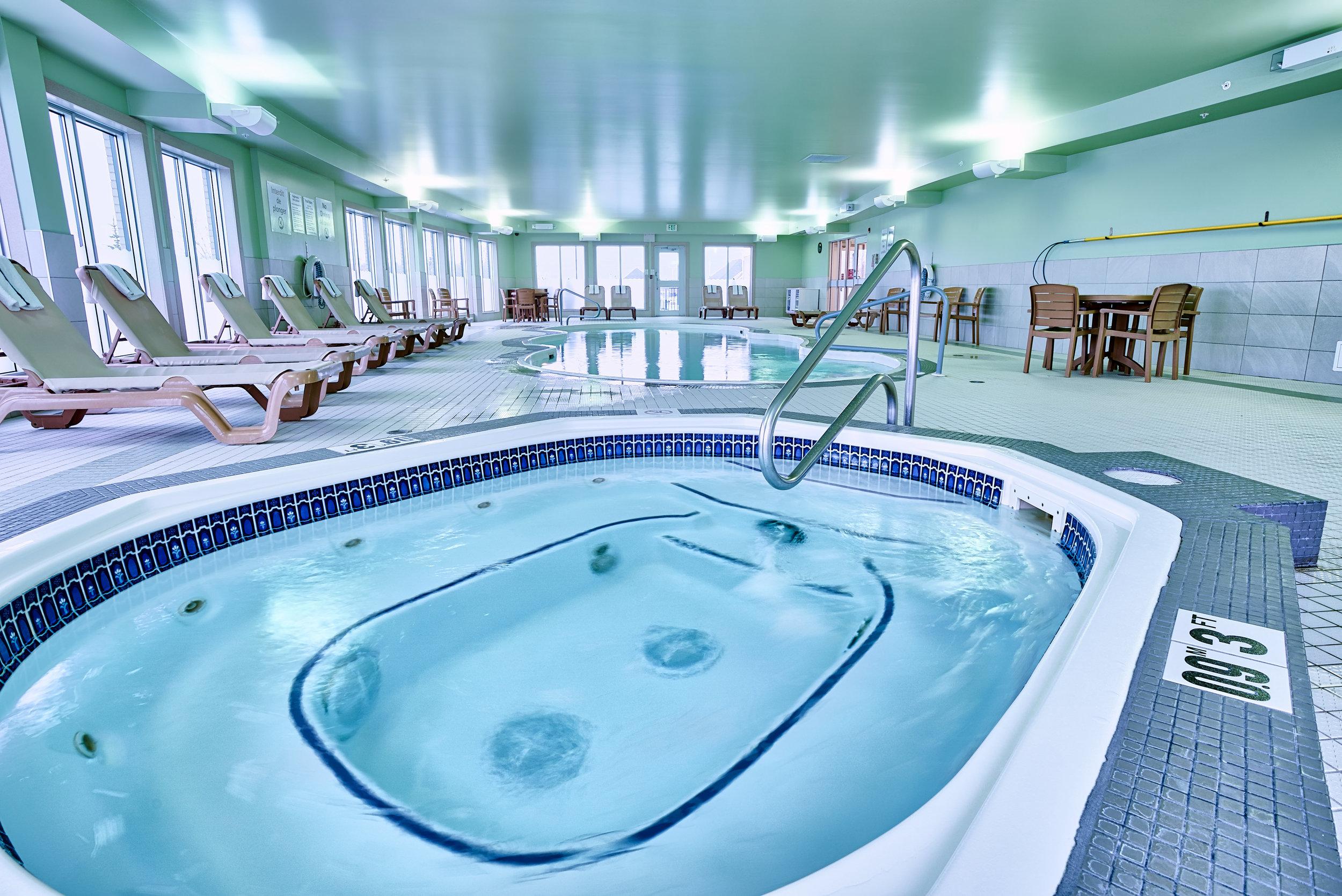 Holiday Inn Express - Hot Tub.jpg