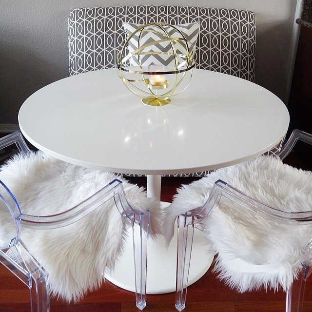Ghost Chairs, Sheepskin Throw (  www.casasugar.com)