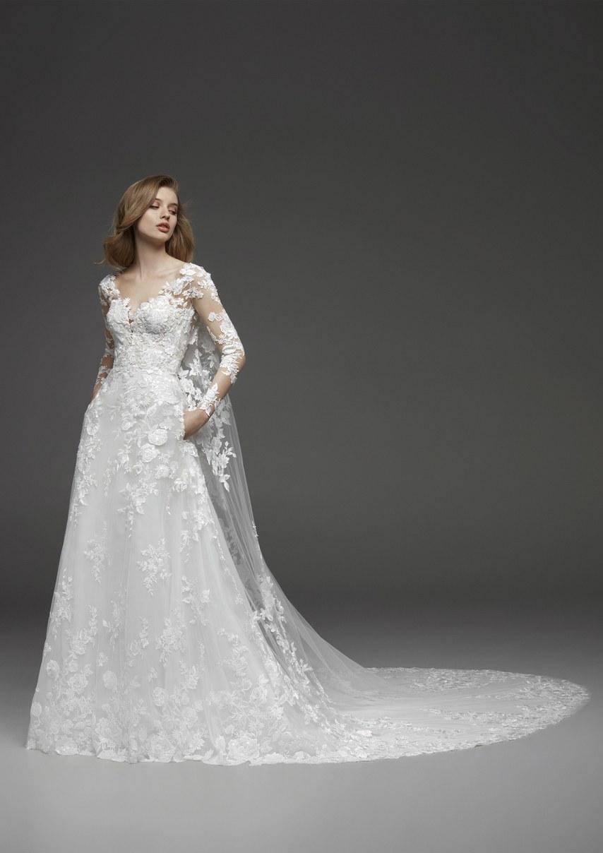pronovias-wedding-dresses-fall-2019-002.jpg