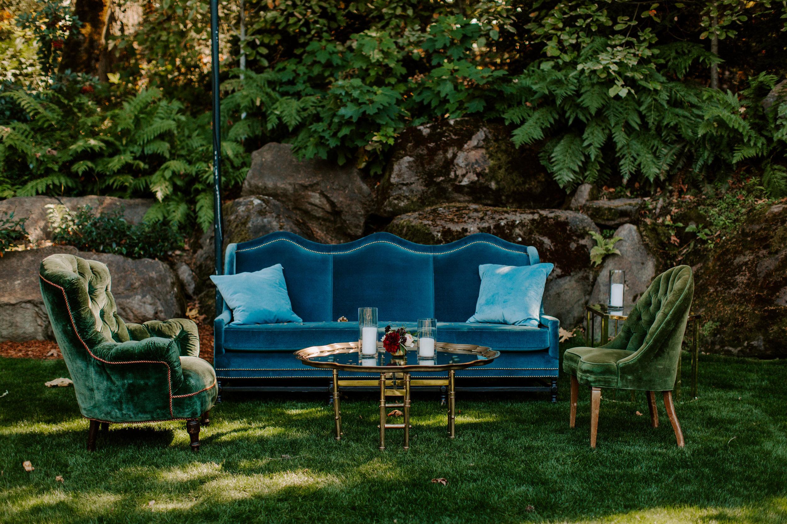 Vintage Lounge Furniture _ROQUE Events_ Taylor Mccutchan3.jpg