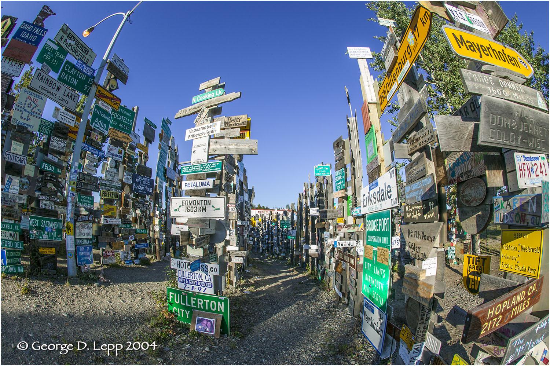 Signs. © George D. Lepp 2004 L-AK-GE-0008