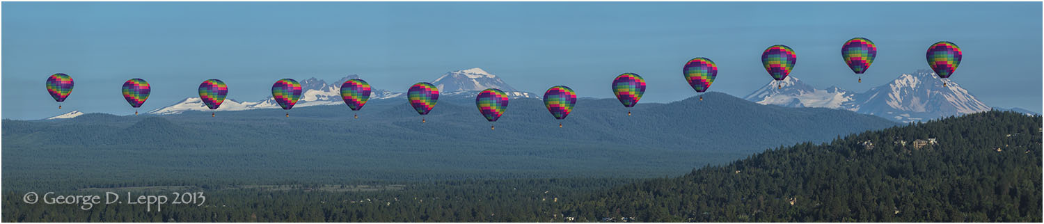 Balloon over Bend, Action Sequence Panorama, (part of panorama below). © George D. Lepp 2013 LO-CE-BE-0044
