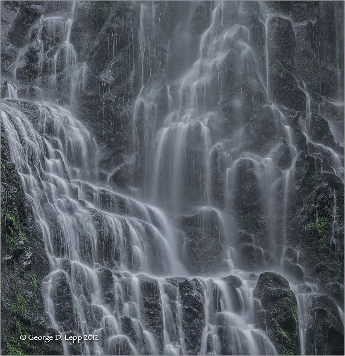 Lower Proxy Falls, Cascades, Oregon. © George D. Lepp 2012 LO-WF-PR-0002