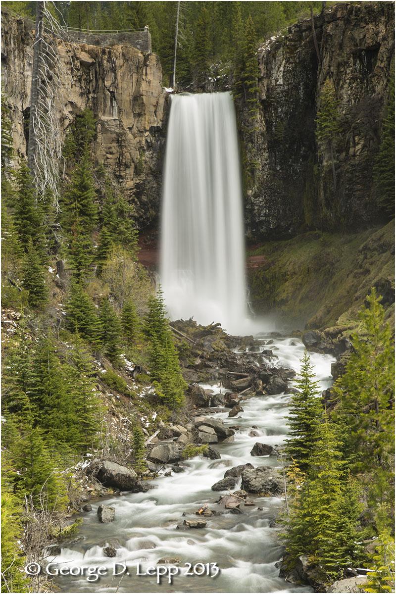 Tumalo Falls, near Bend, OR. © George D. Lepp 2013 LO-WF-TU-4007