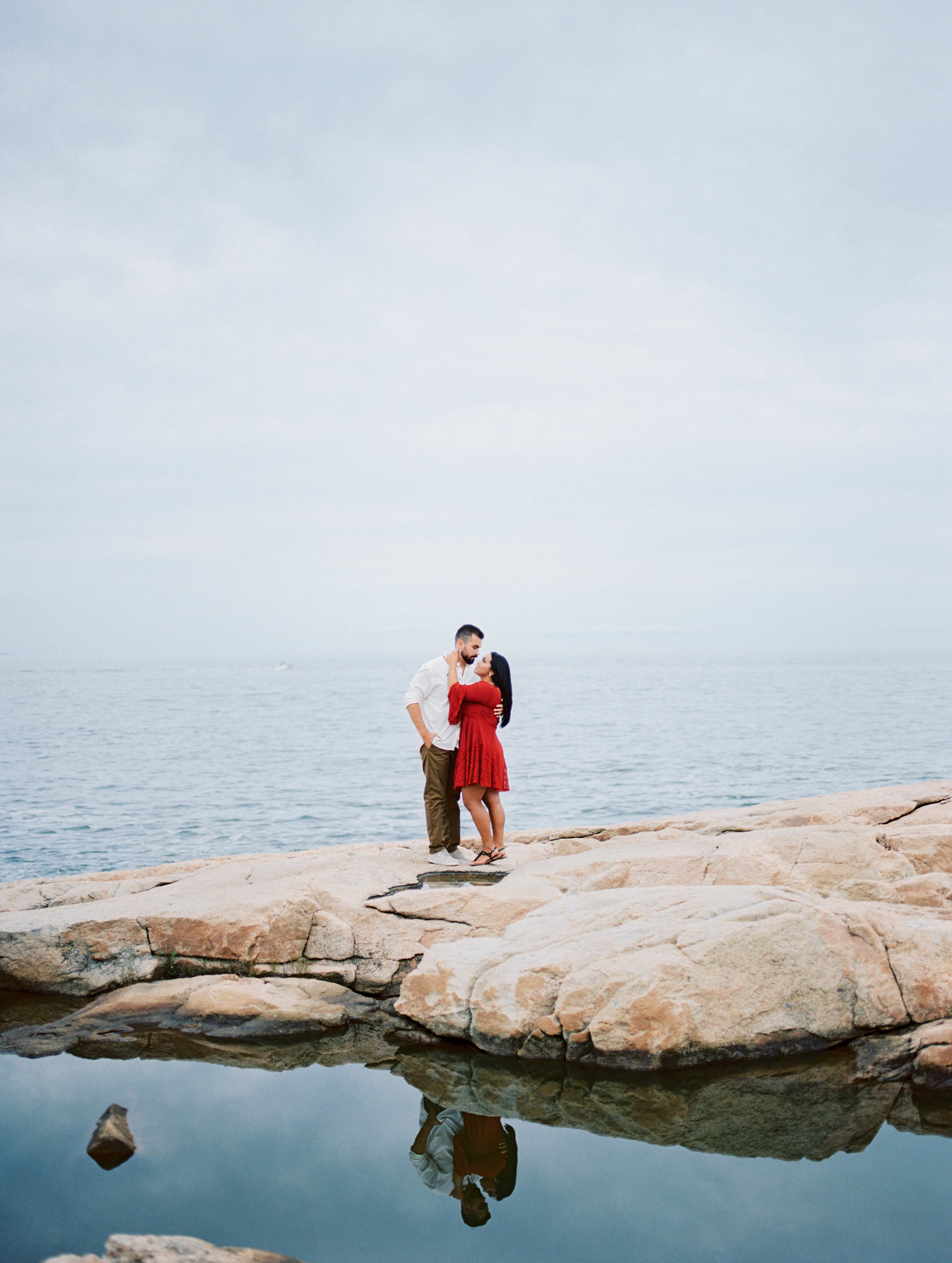 Eli Defaria Photography Relaxed Beach Engagement Session 273.jpg