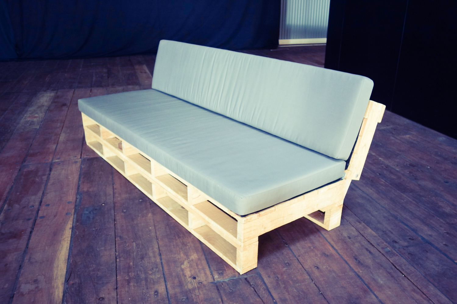 Couches (7 of 14).jpg
