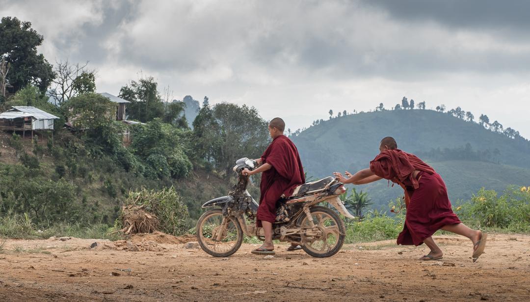 Moto-monks