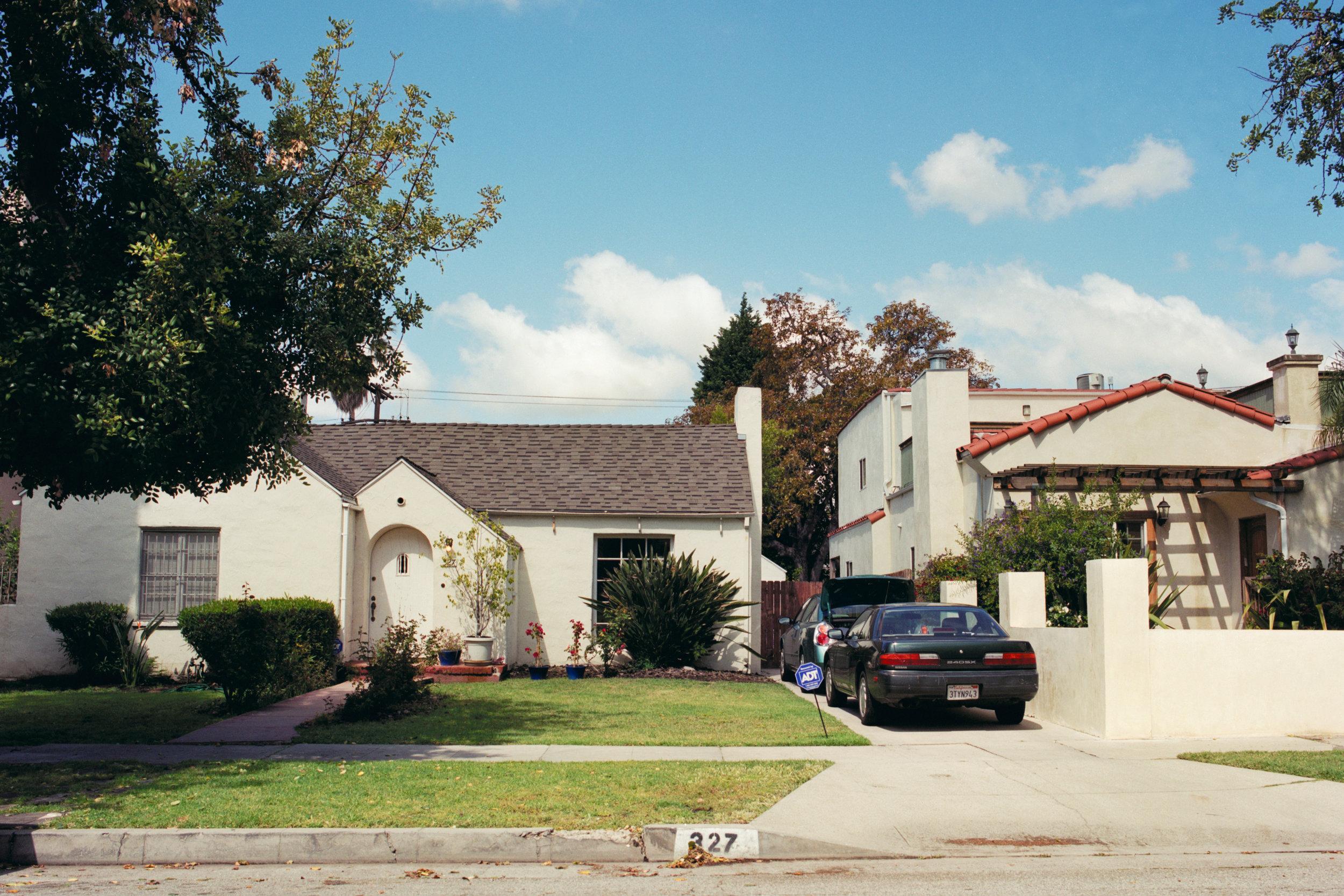 LA HOUSE.jpg