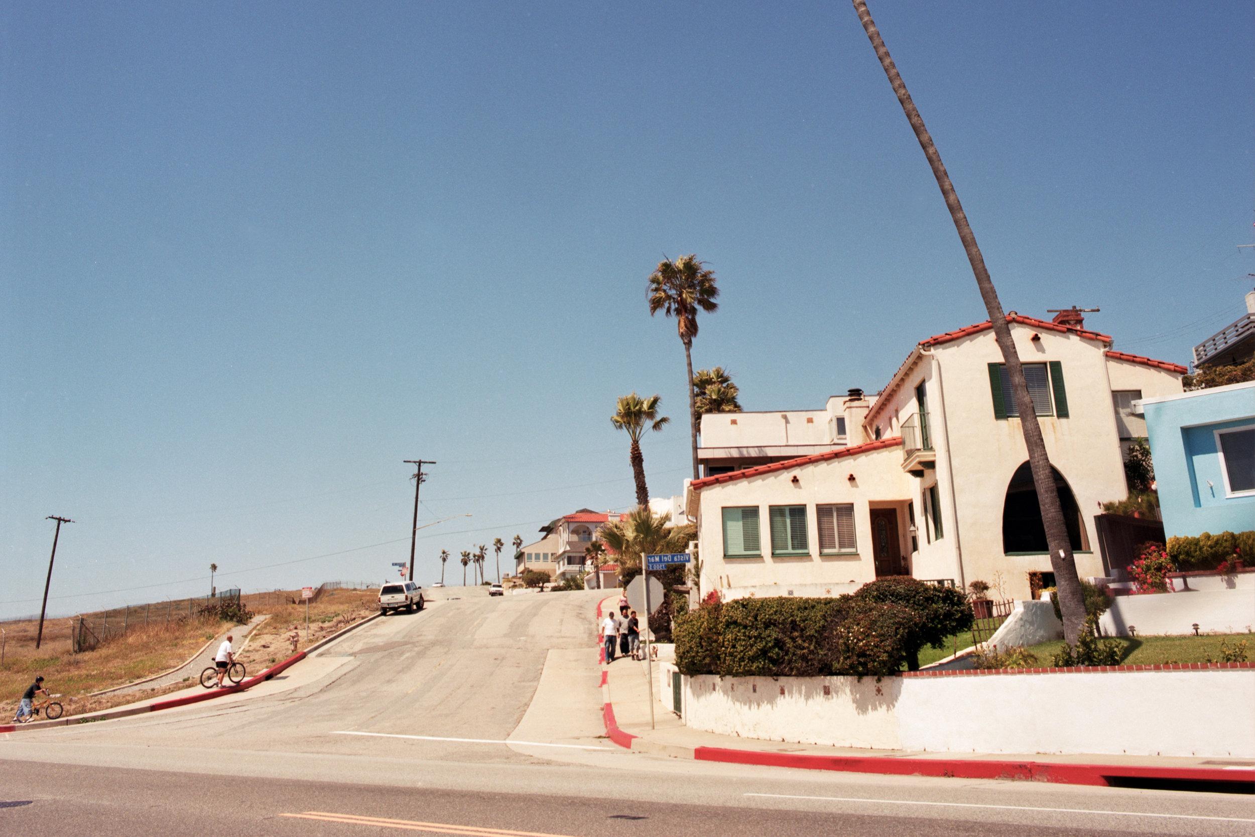 LA BEACH HOUSE 2.jpg