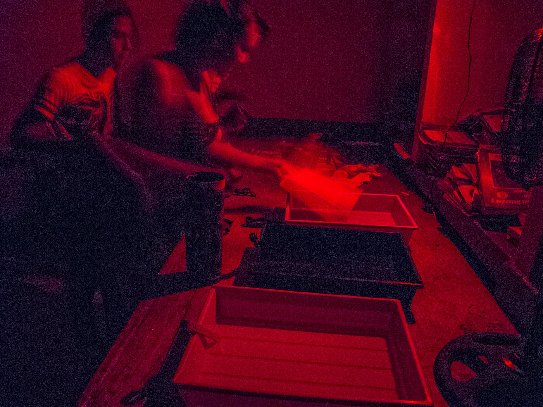 cuarto oscuro 001.jpg