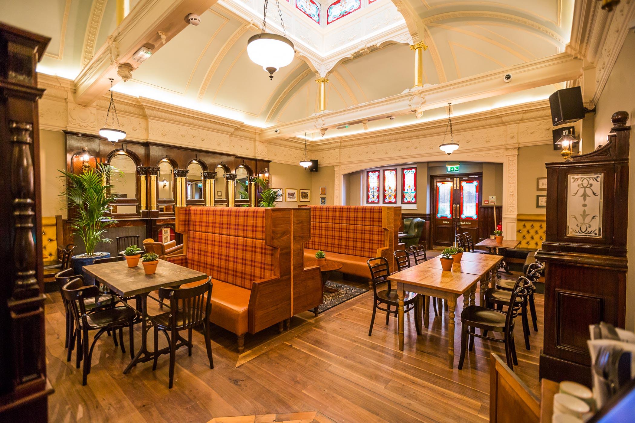 the-great-northern-railway-tavern-63.jpg