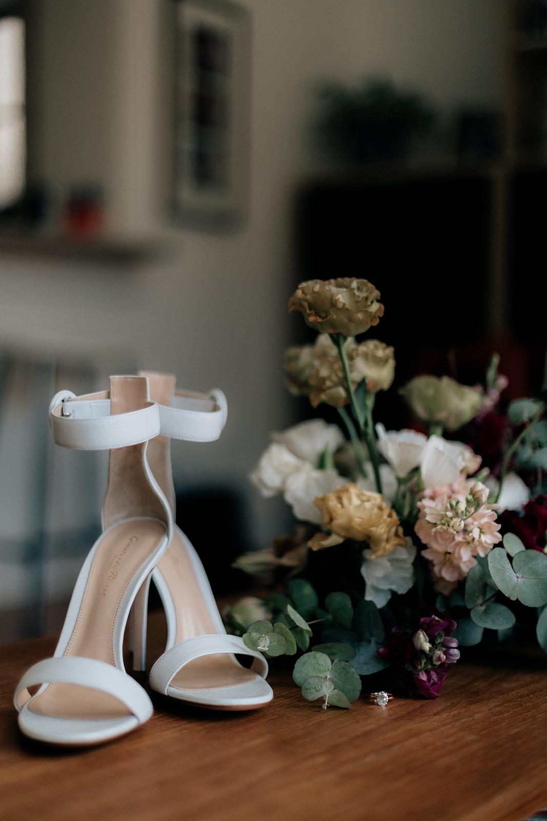 Karis and Oli_Sydney Wedding_Bradleys Head_Holly Medway Photography-43.jpg