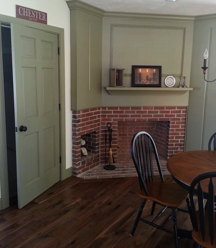 Classic Colonial Homes Interior Breakfast Table