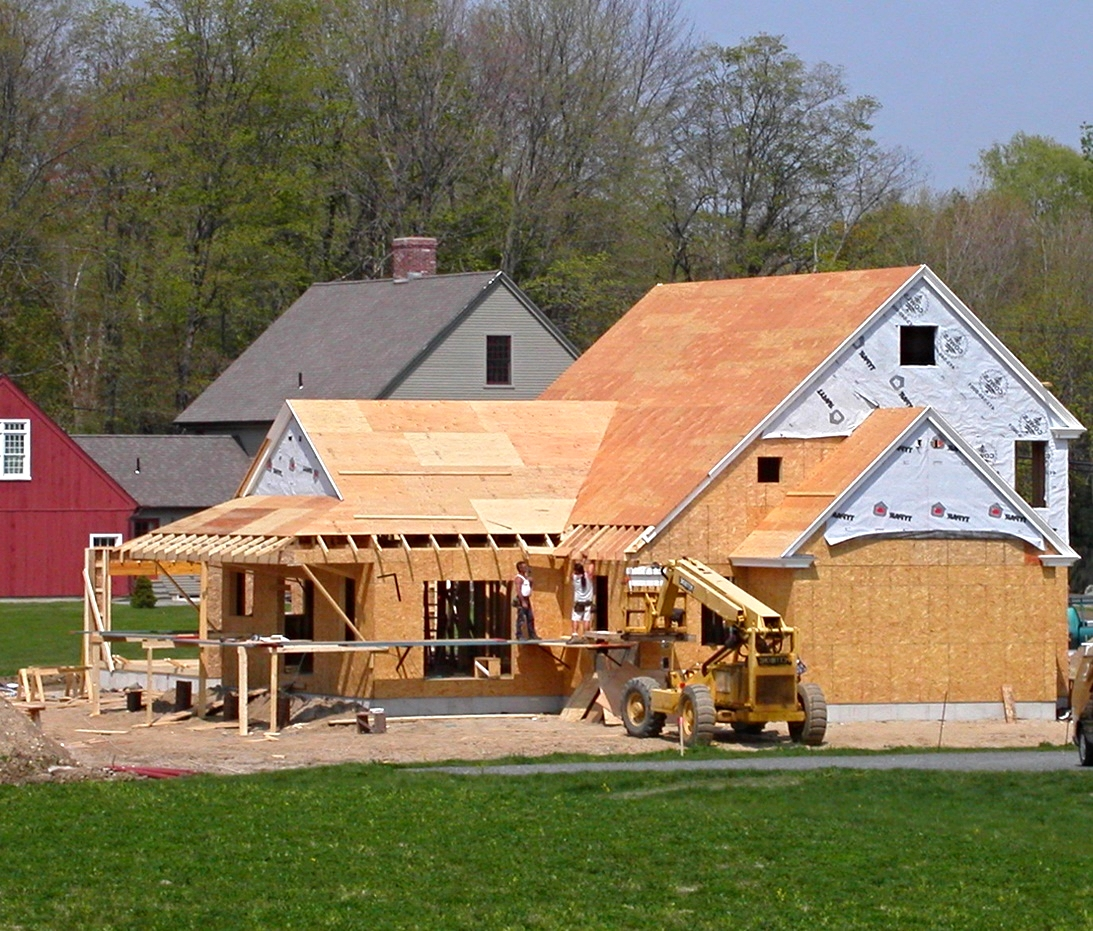 Preferred Builders framing a CCH Custom Saltbox home