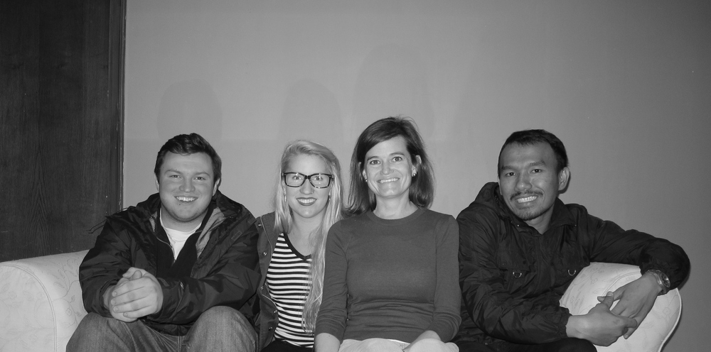 Left to right: Tim (USA), Amelia (USA), Julie (USA), David (Indonesia)