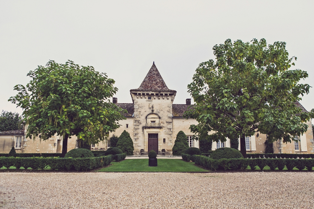 Vineyard chateau wedding Chateau Soulac Dordogne France_0001.jpg