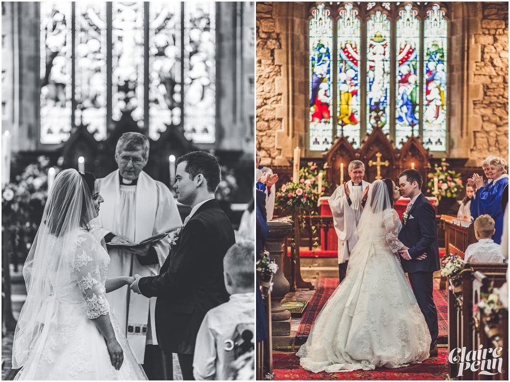 Samlesbury Hall wedding_0010.jpg