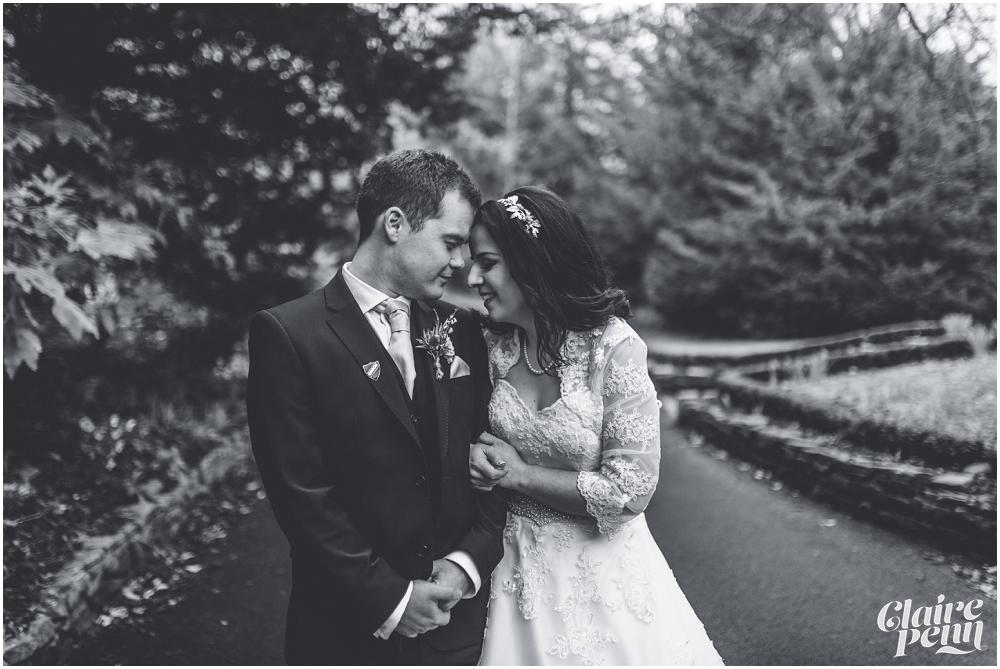 Samlesbury Hall wedding_0025.jpg