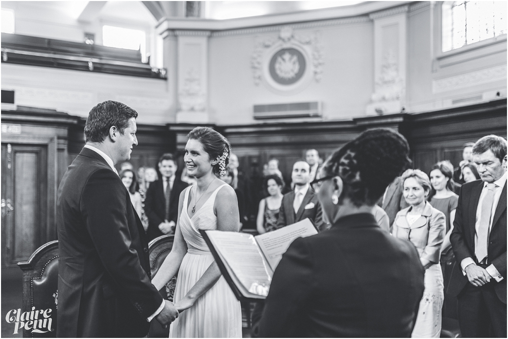 Relaxed wedding on the Thames - Islington Town Hall and The Oyster Shed, London_0019.jpg