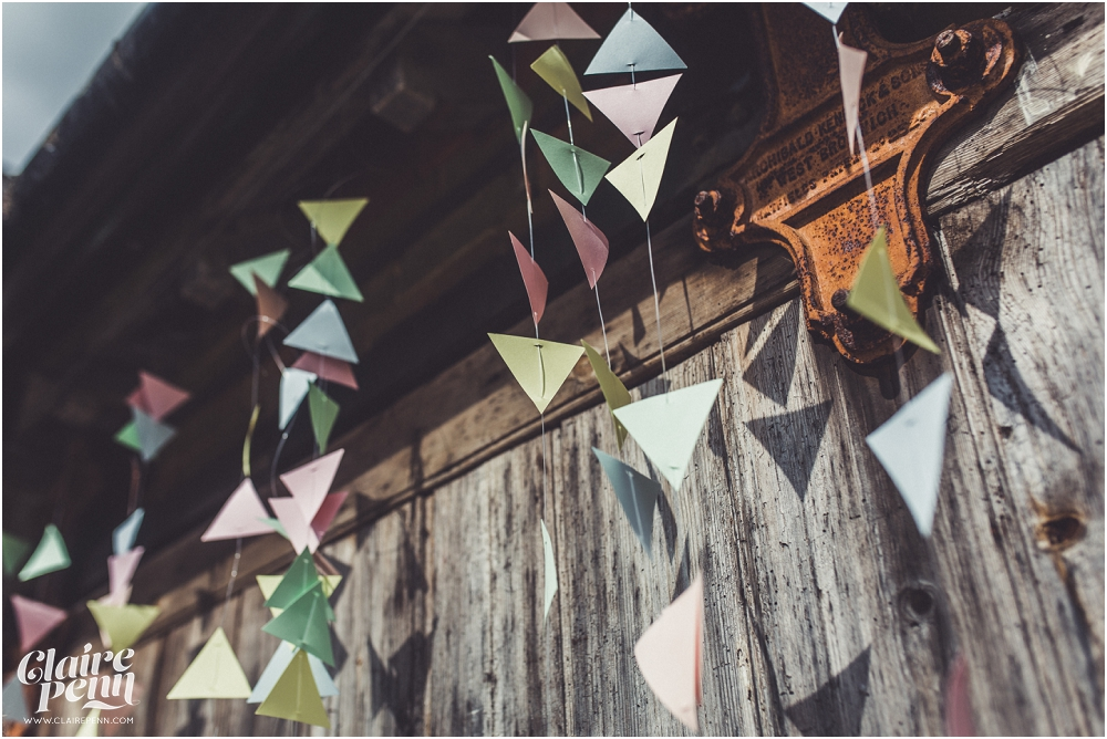 Creative, rustic North Hidden Farm barn wedding in Hungerford Berkshire_0003.jpg