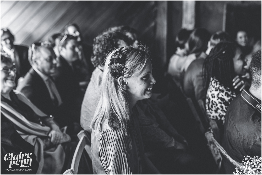 Creative, rustic North Hidden Farm barn wedding in Hungerford Berkshire_0023.jpg