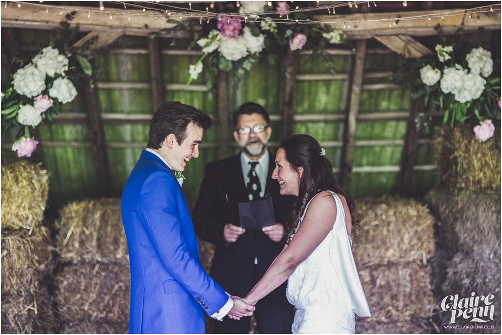 Creative, rustic North Hidden Farm barn wedding in Hungerford Berkshire_0022.jpg