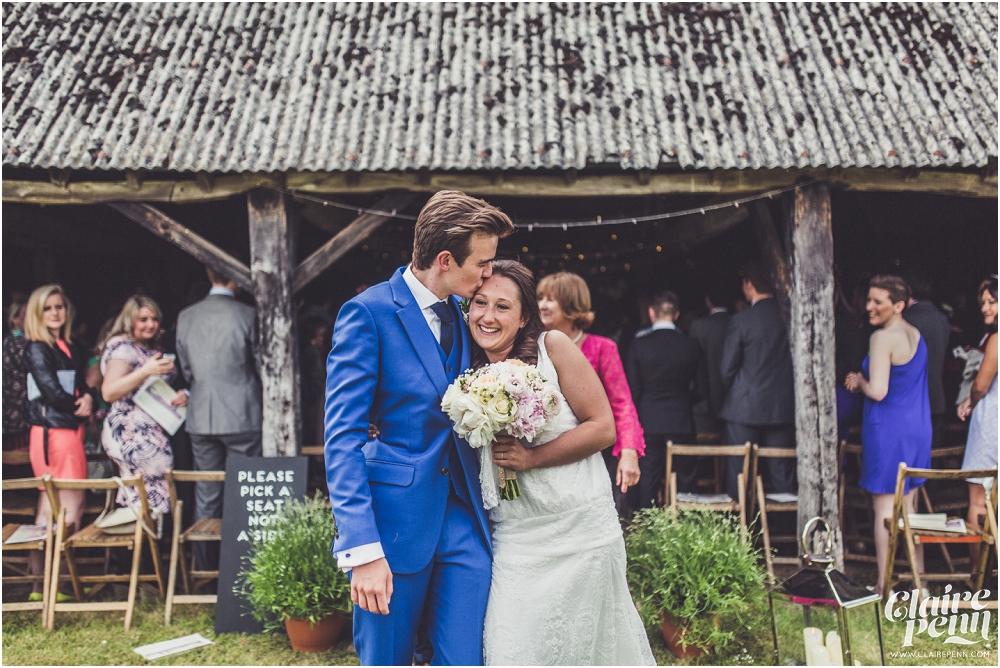Creative, rustic North Hidden Farm barn wedding in Hungerford Berkshire_0026.jpg