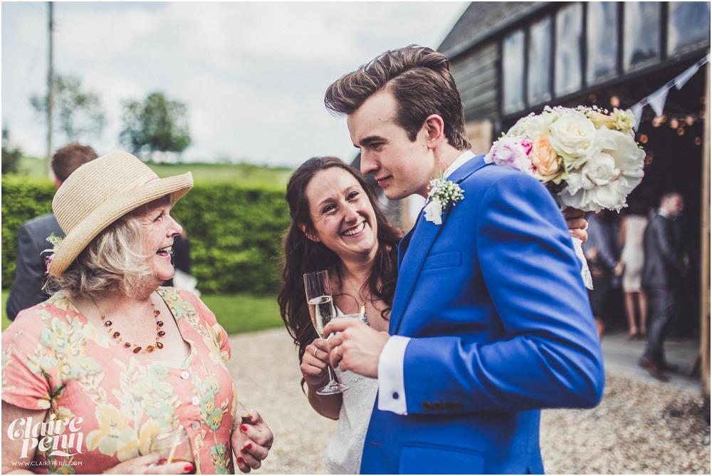Creative, rustic North Hidden Farm barn wedding in Hungerford Berkshire_0029.jpg