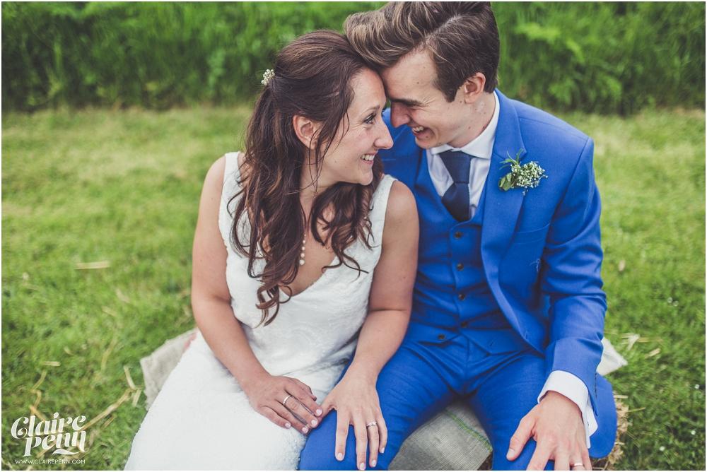 Creative, rustic North Hidden Farm barn wedding in Hungerford Berkshire_0060.jpg