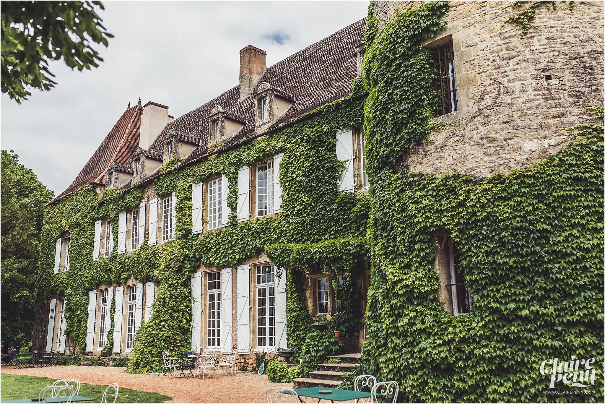 Fairytale Chateau wedding Dordogne 00001.jpg