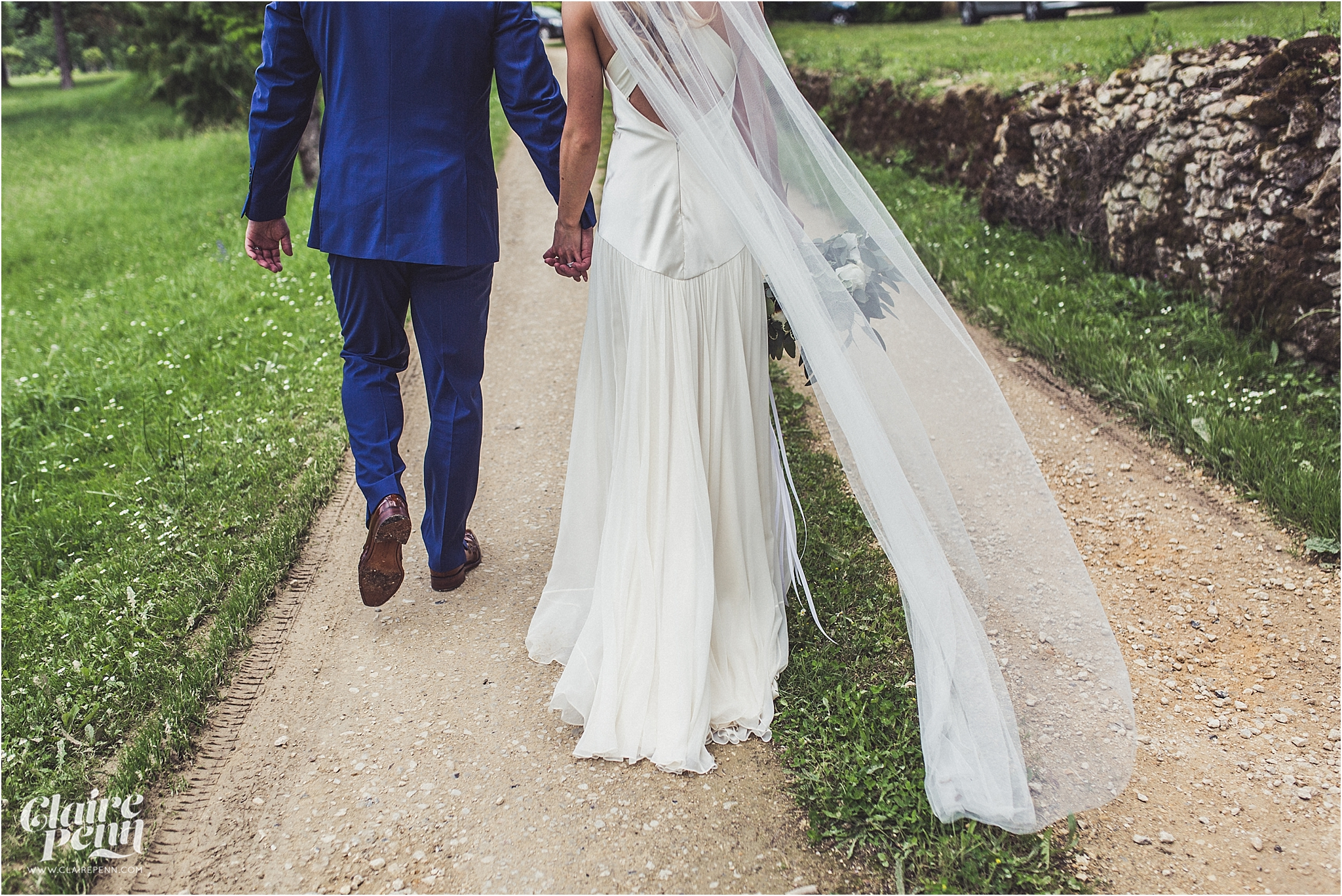 Fairytale Chateau wedding Dordogne 00038.jpg