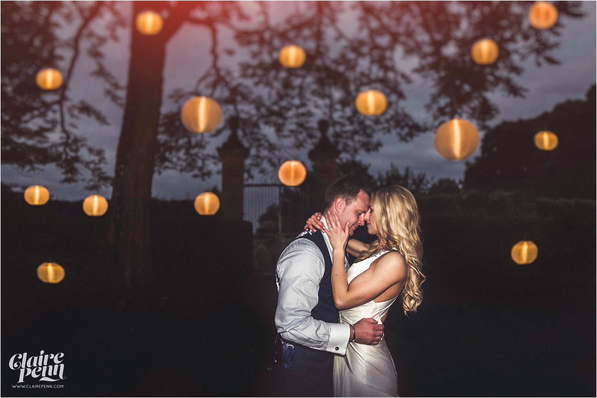 Fairytale Chateau wedding Dordogne 00080.jpg