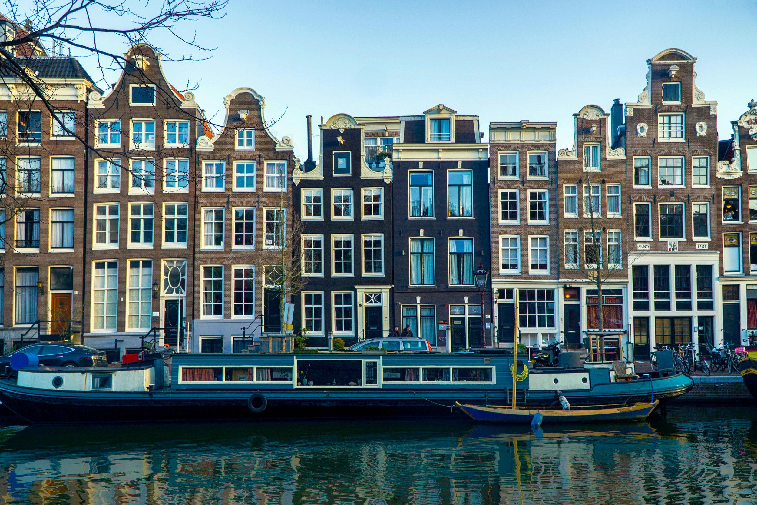 Amsterdam_vickygood_travel_photography3_sm.jpg