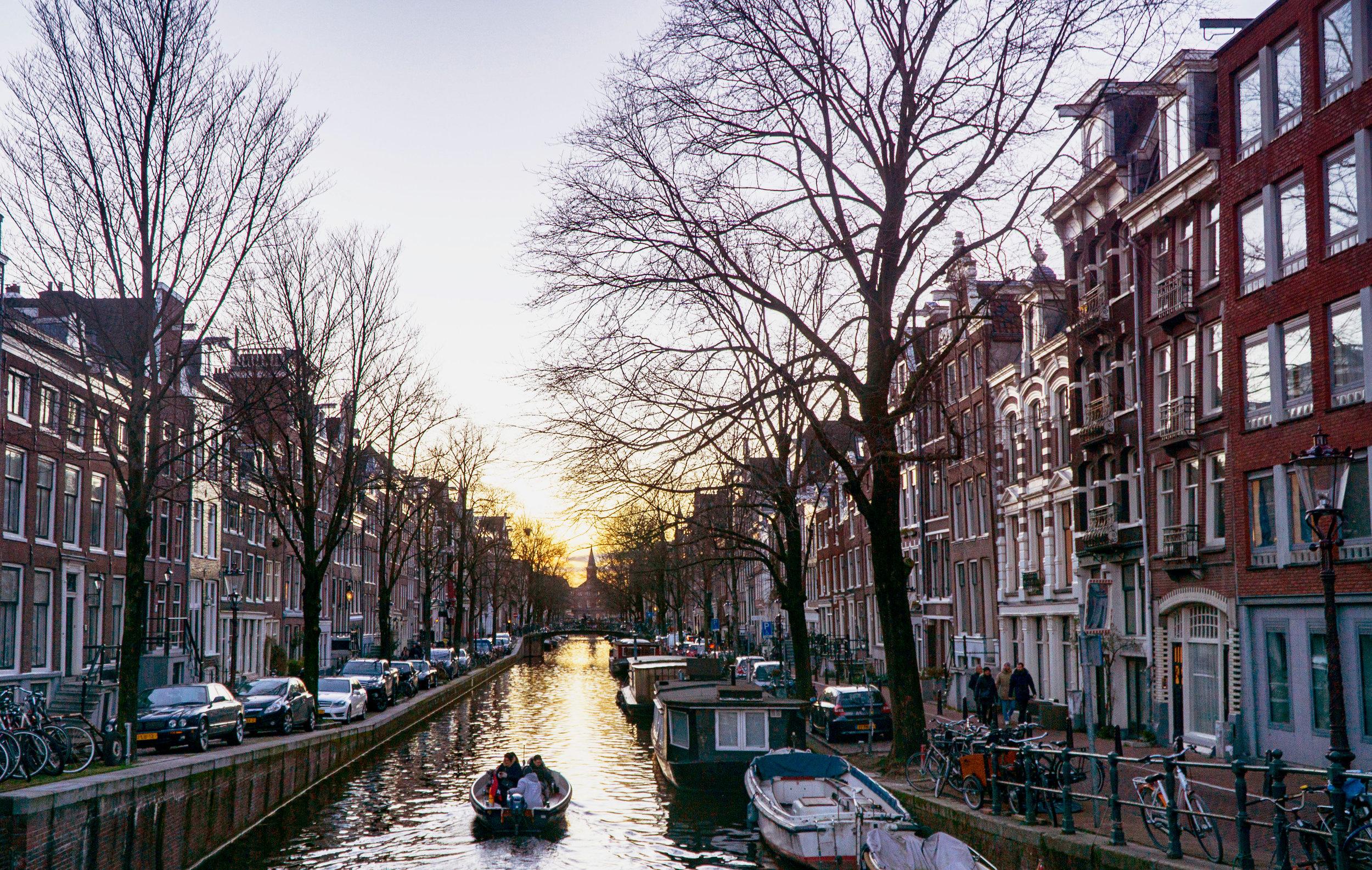 Amsterdam_vickygood_travel_photography6_sm.jpg