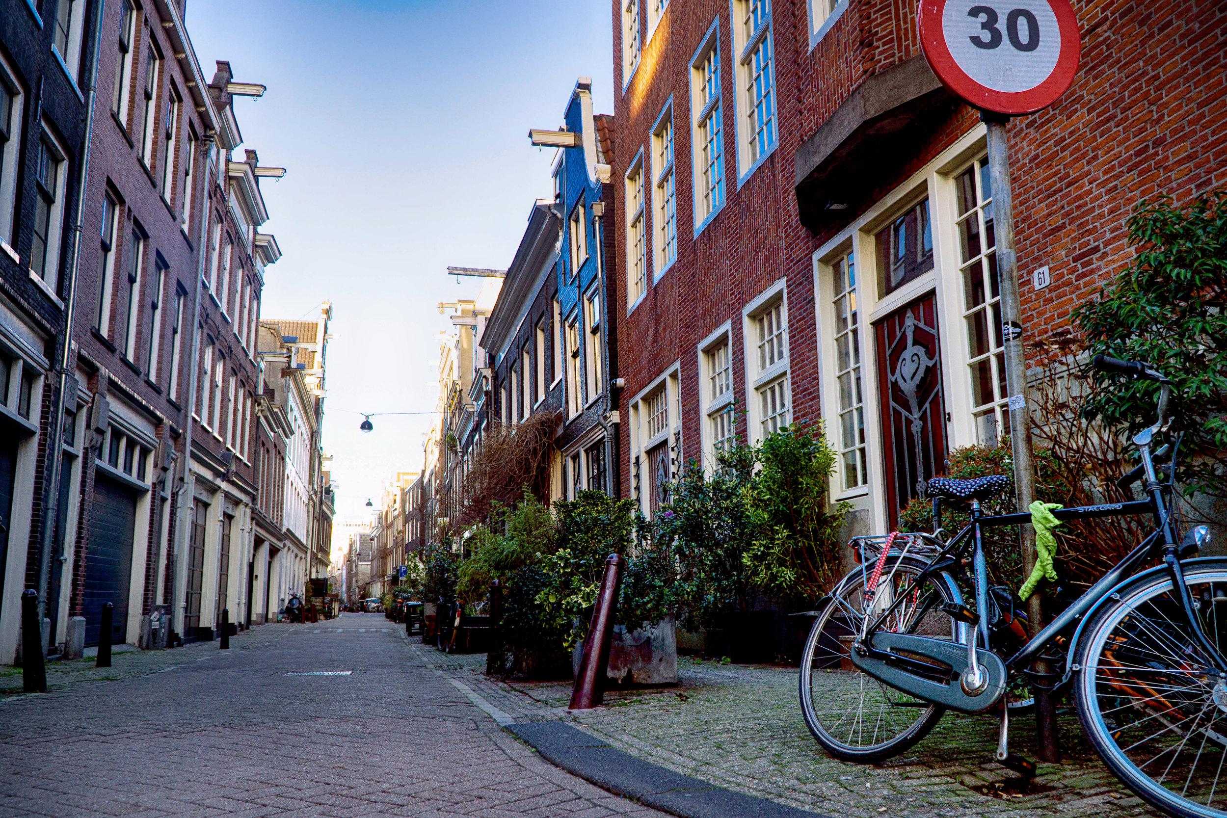 Amsterdam_vickygood_travel_photography8_sm.jpg