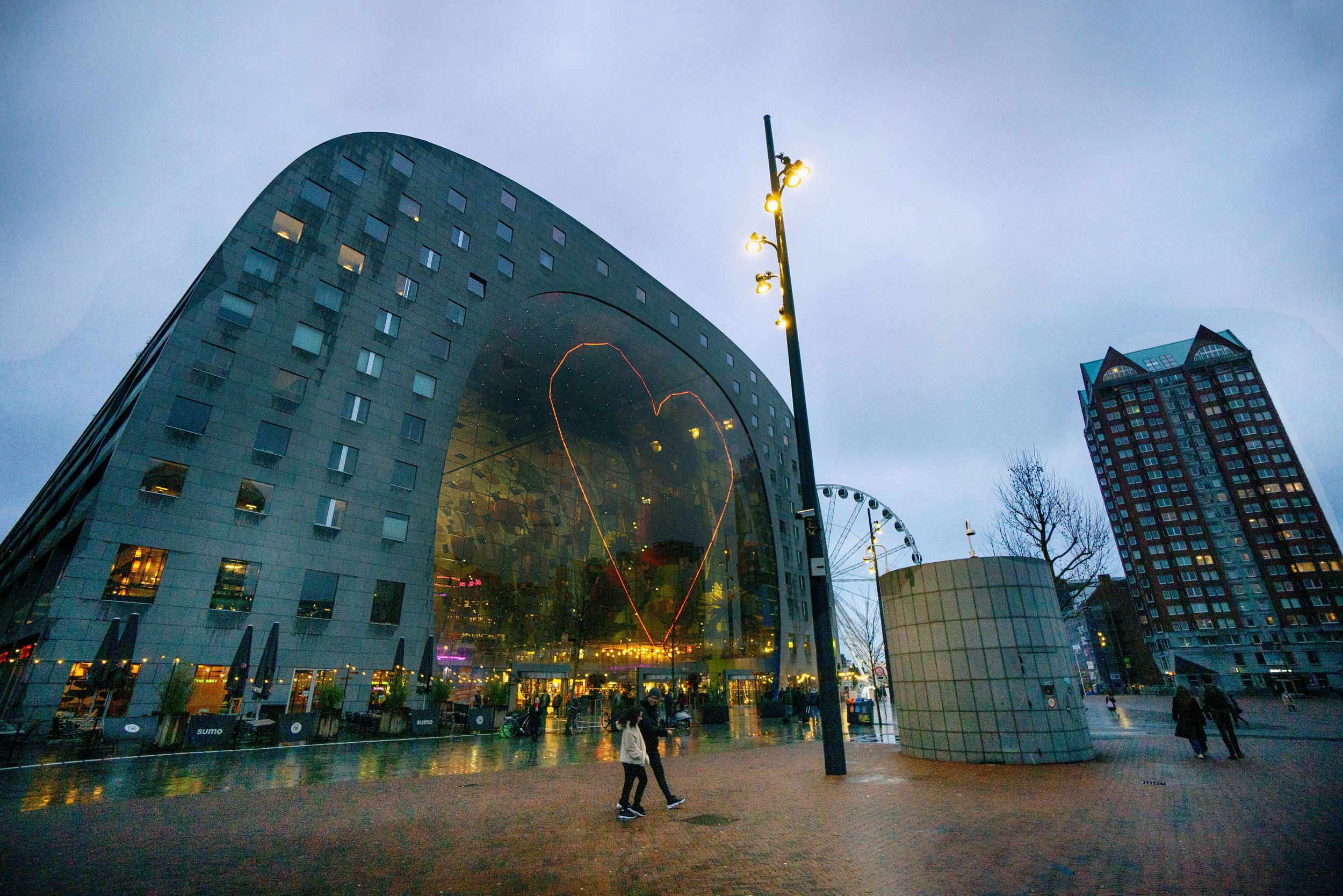 Rotterdam_markthal_vickygood_treveling_photogrpahy2_sm.jpg