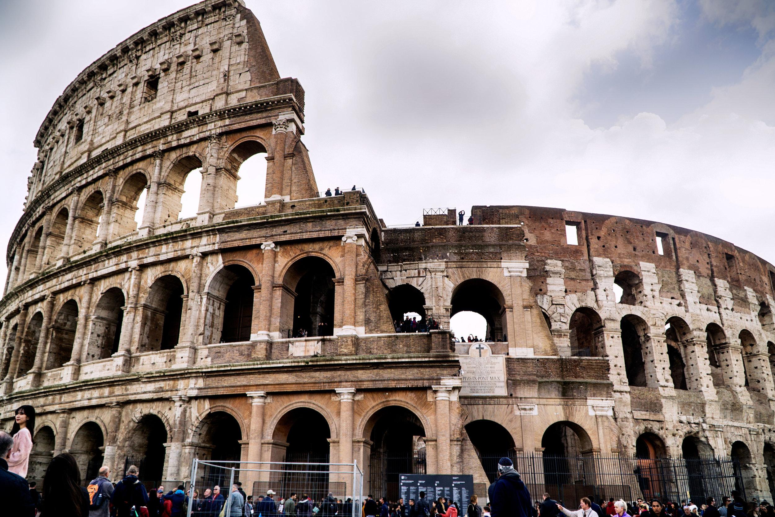 rome_colosseum_vickygood_travel_photography2sm.jpg