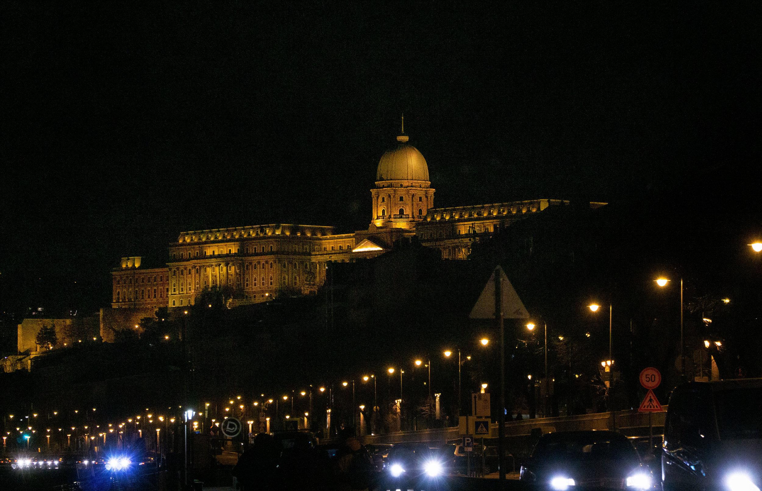 buda_castle_budapest_vickygood_travel_photographysm.jpg