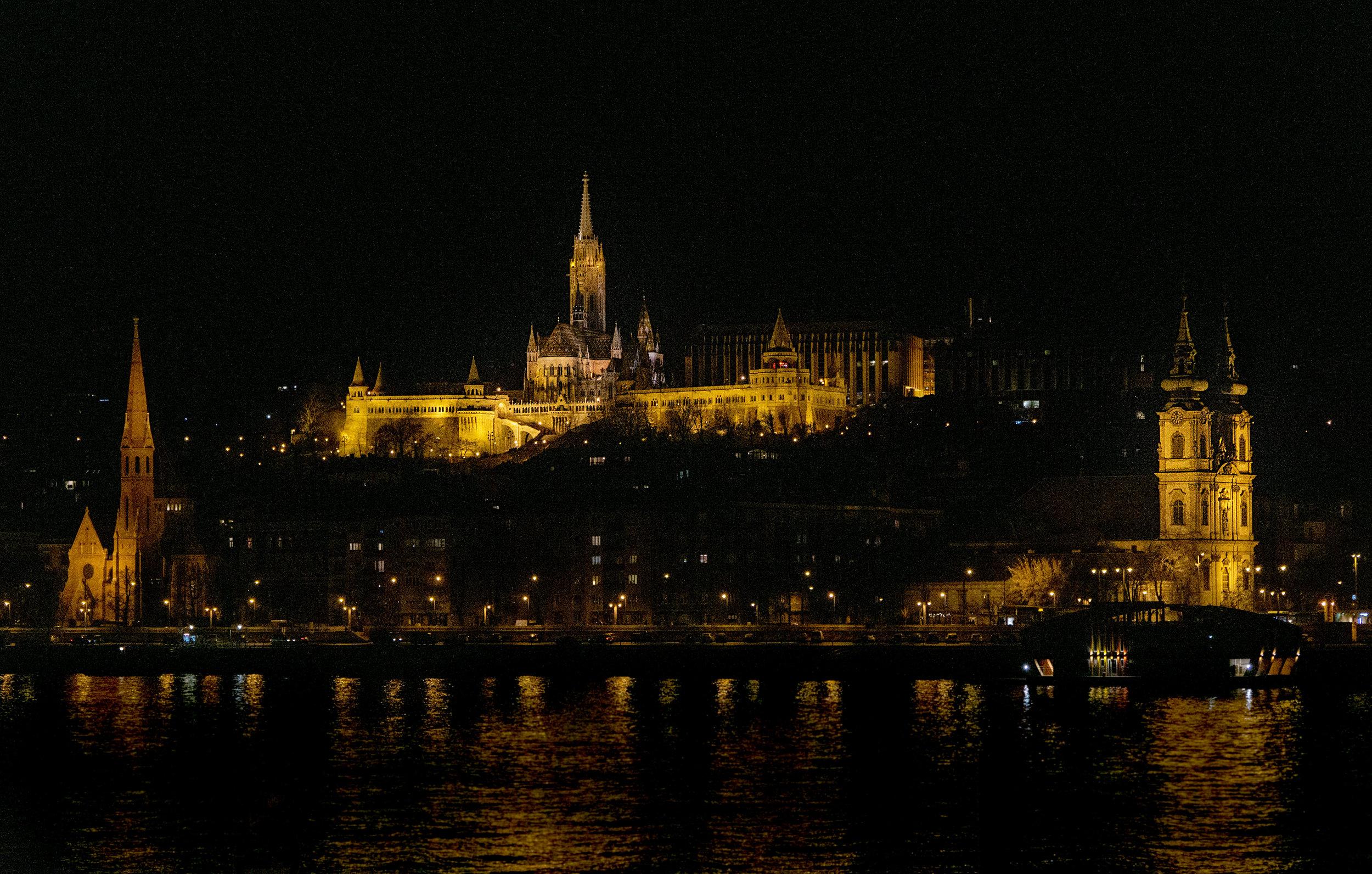 budapest_vickygood_travel_photographysm.jpg