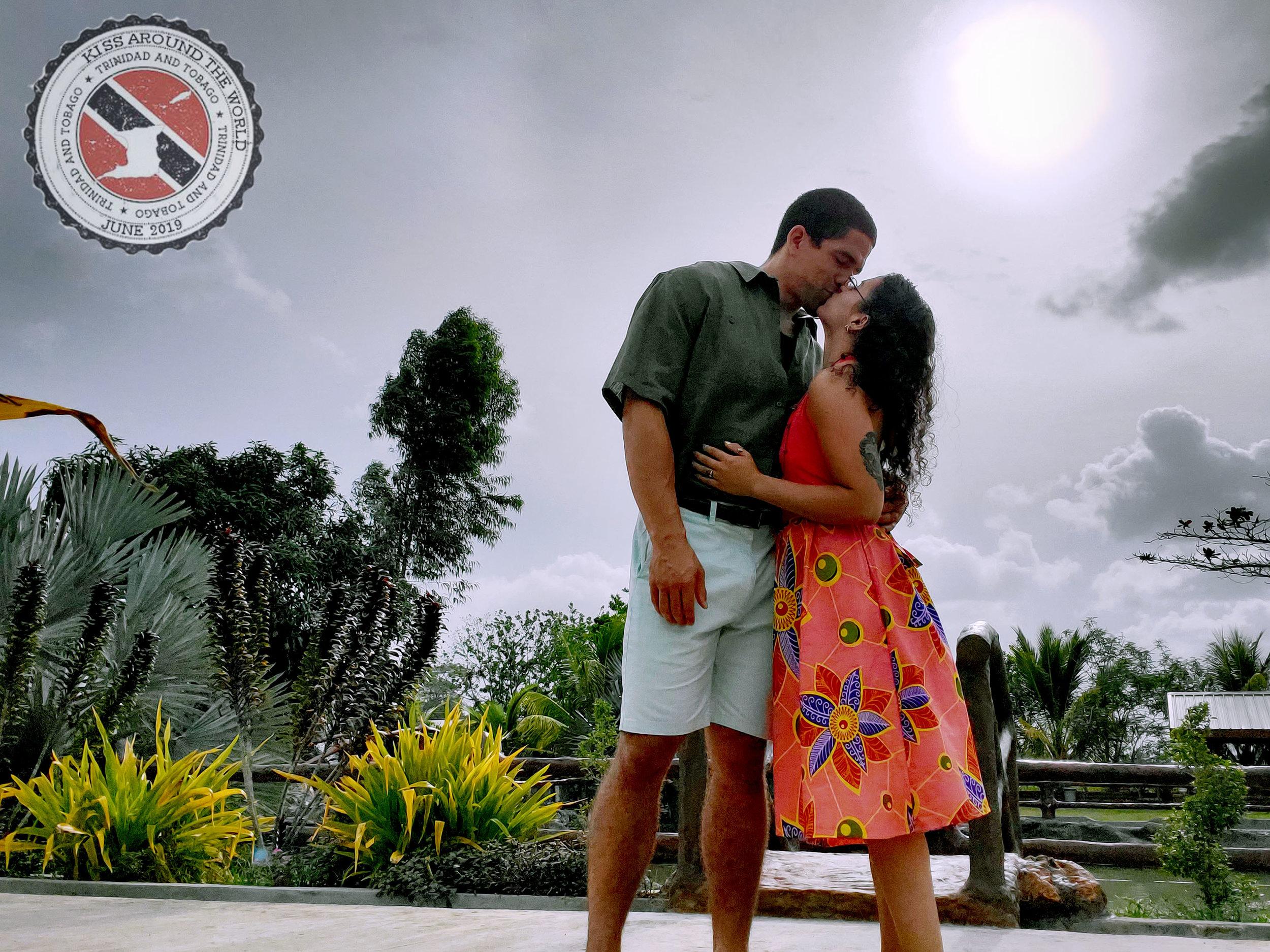 TRINIDAD&tabago_vickygood_photography_kiss-around-the-world.jpg