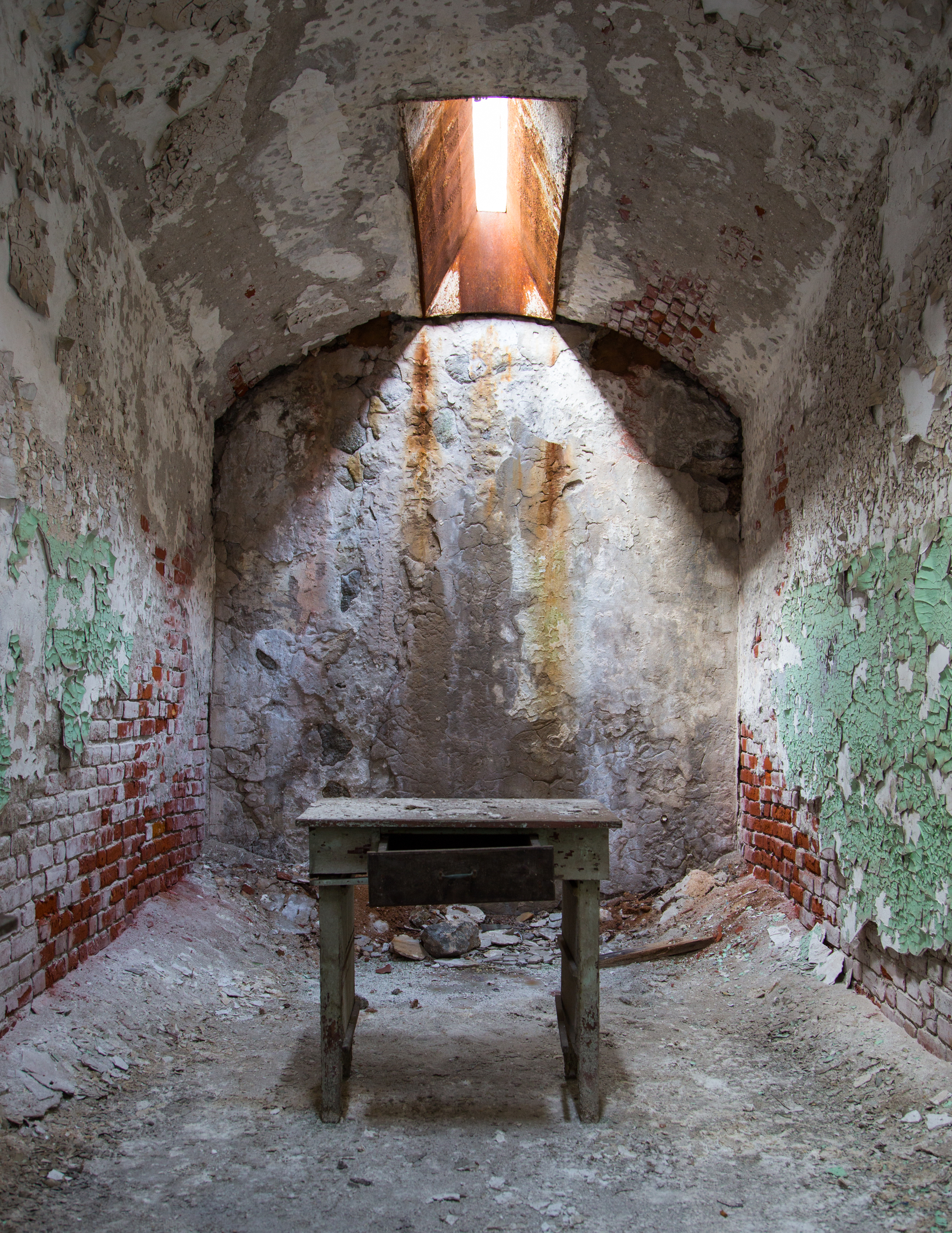 Eastern State Penitentiary Cell 2.jpg