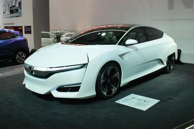 Honda FCV CONCEPT-20435.jpg